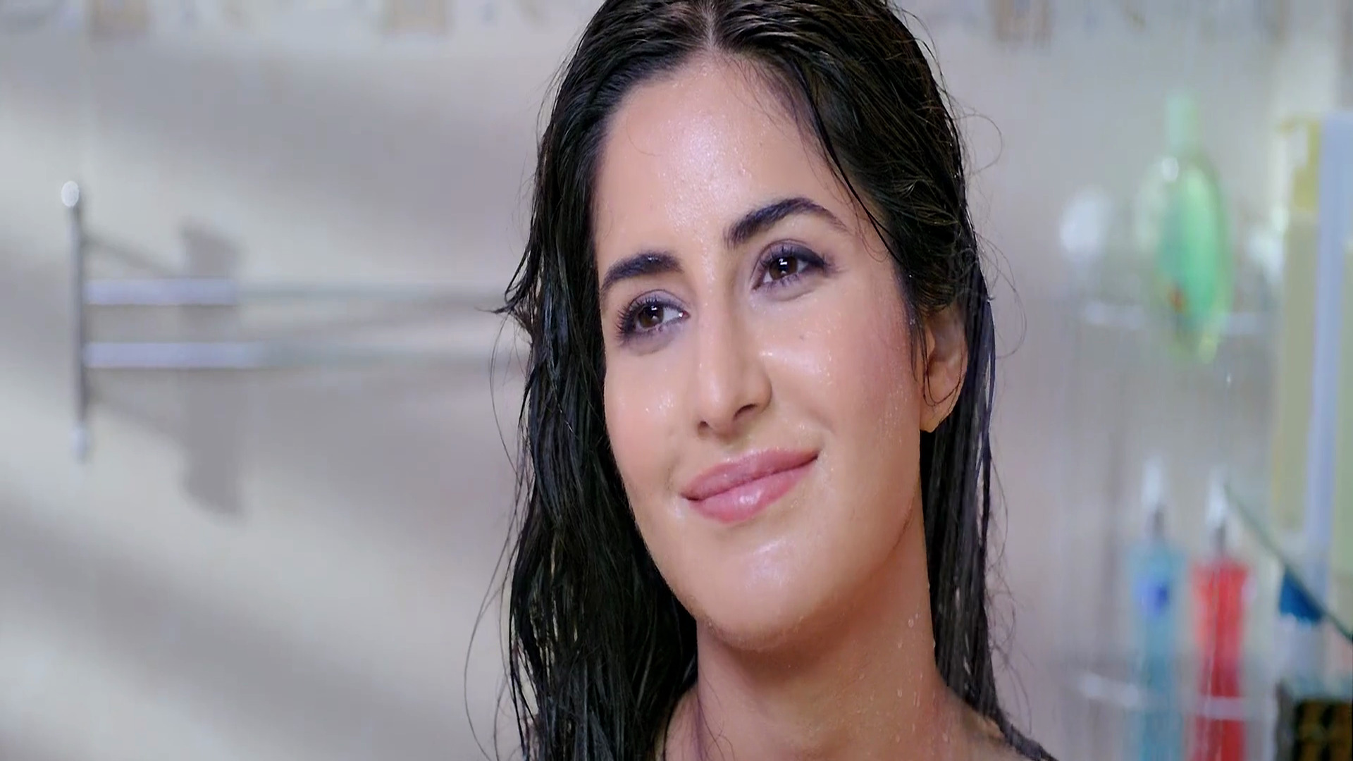 katrina kaif bollywood actress bathing scene hd wallpaper | hd