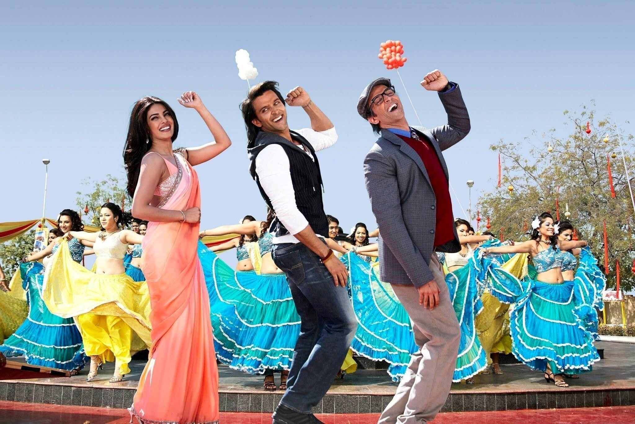 hrithik roshan and priyanka chopra in movie krrish 3 | hd wallpapers