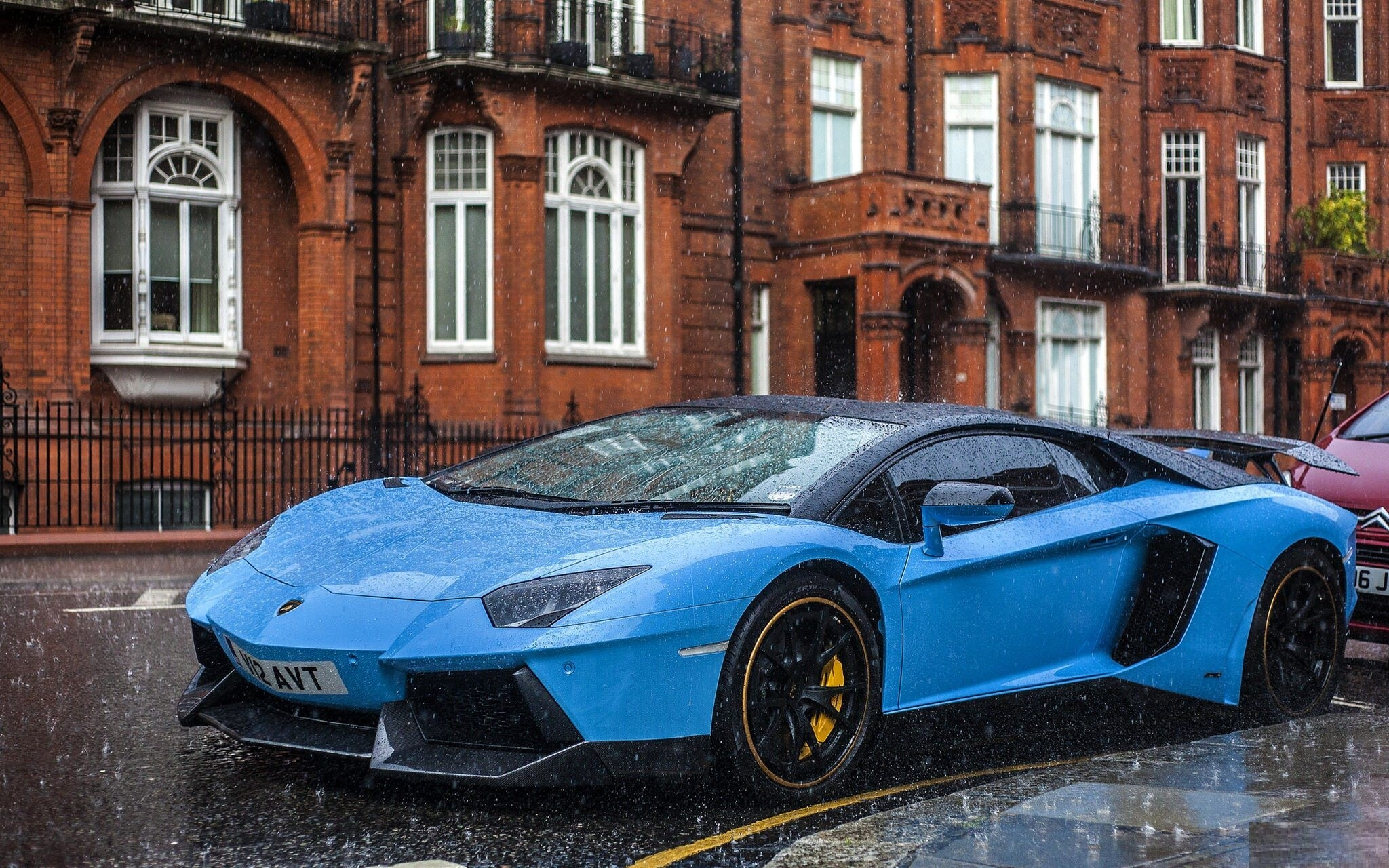 Aventador Lamborghini Blue Car in Rain HD Luxury Wallpaper