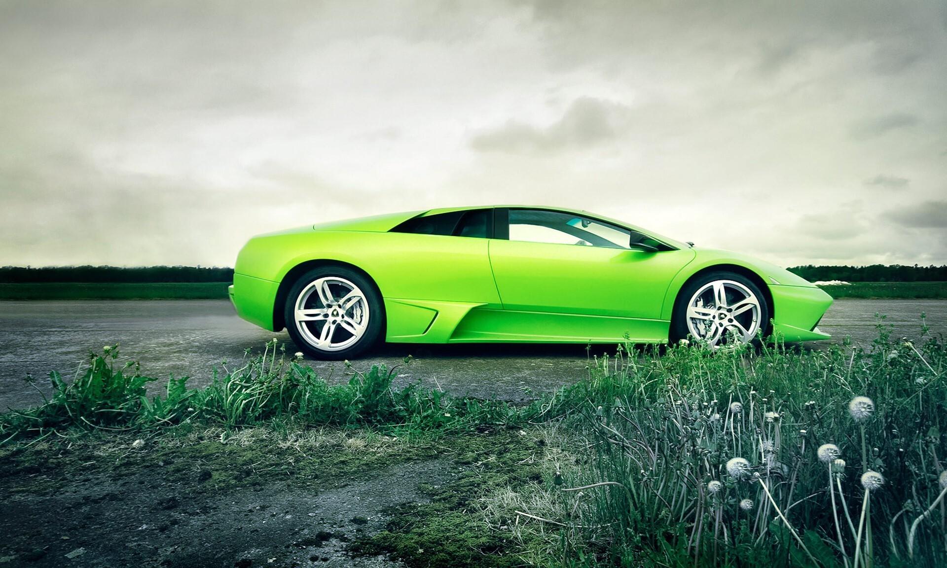 Wonderful Green Lamborghini Car Wallpaper