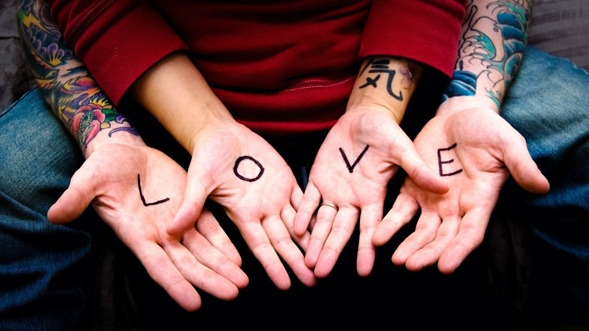 Wallpaper download hd love - 21372 Views 10357 Download Stunning Hd Photo Of Love Word In Hand