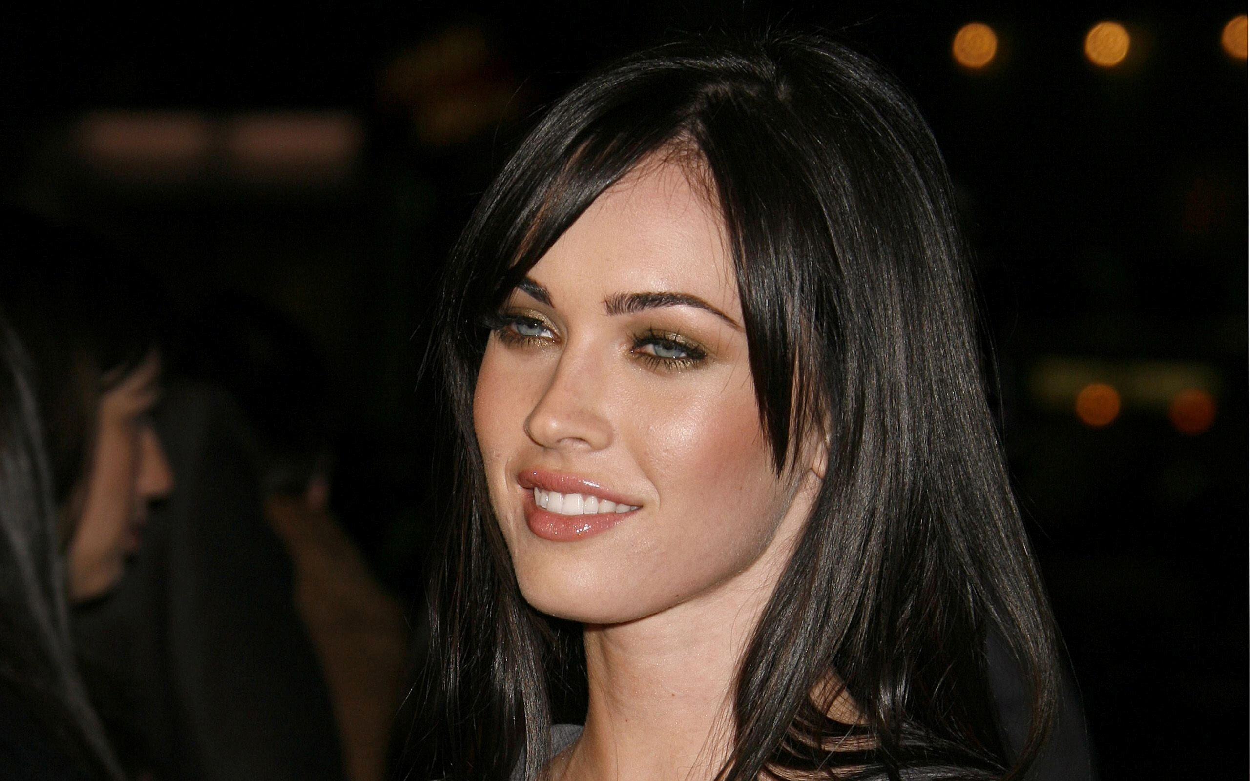 pretty cute hollywood actress megan fox hd wallpapers | hd wallpapers