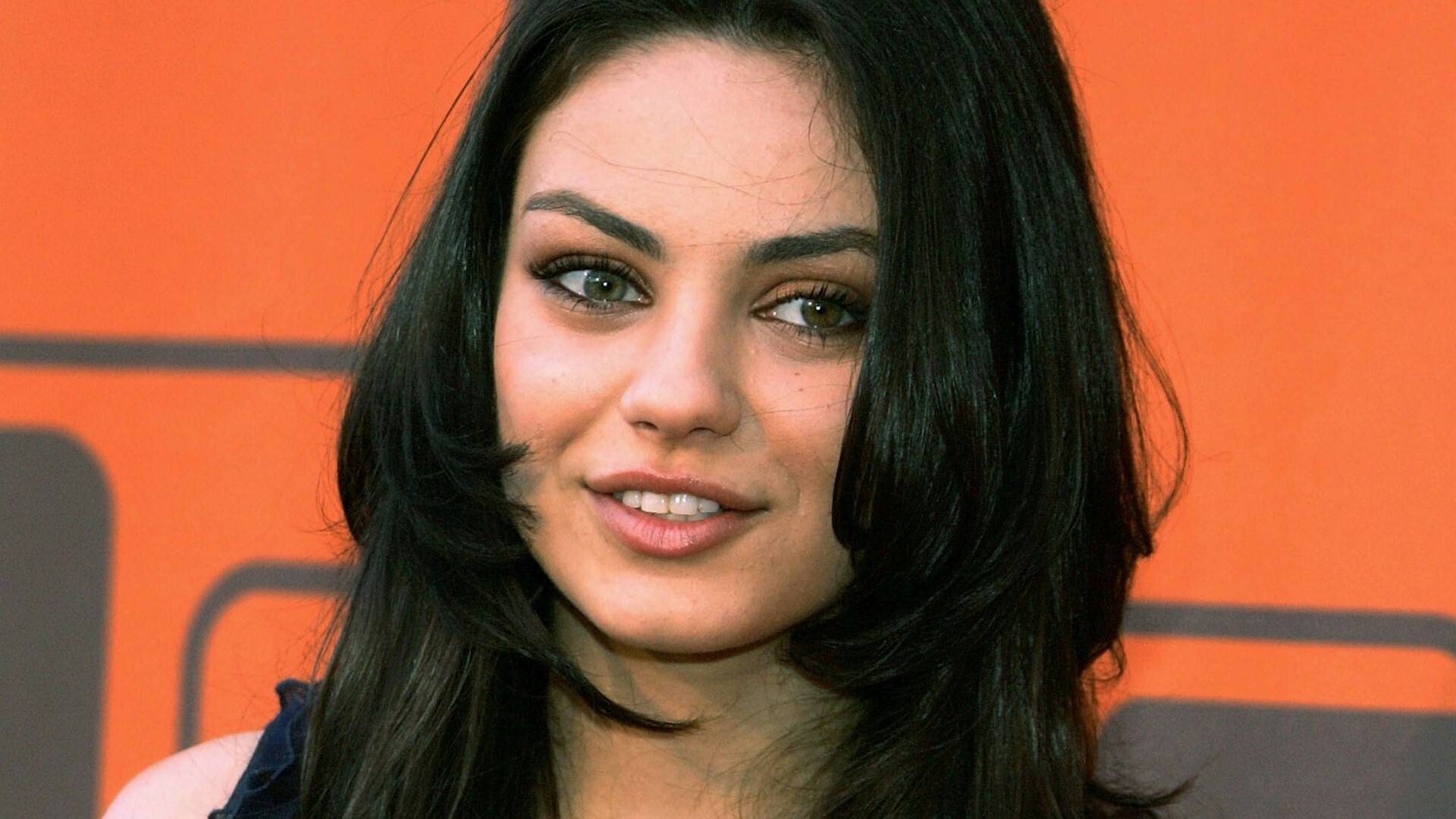 ... mila kunis downloads 1509 tags mila kunis actress celebrities heroine Mila Kunis
