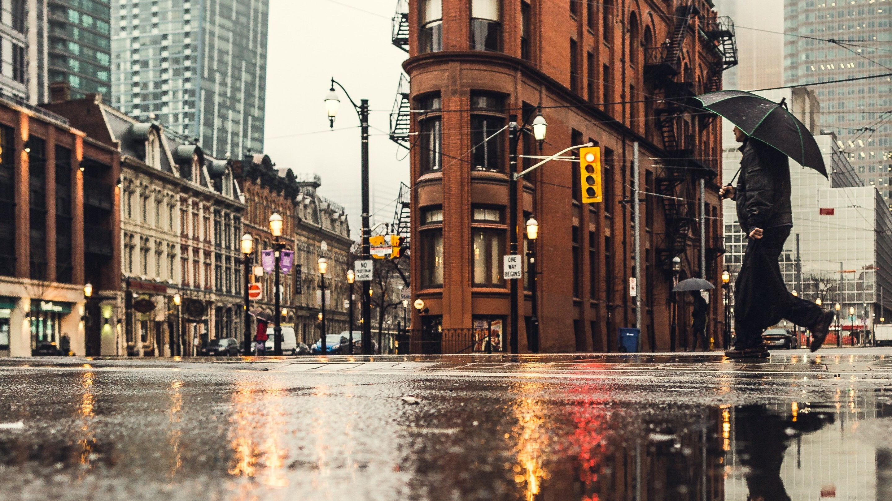 London Street During Rain Hd Images Hd Wallpapers