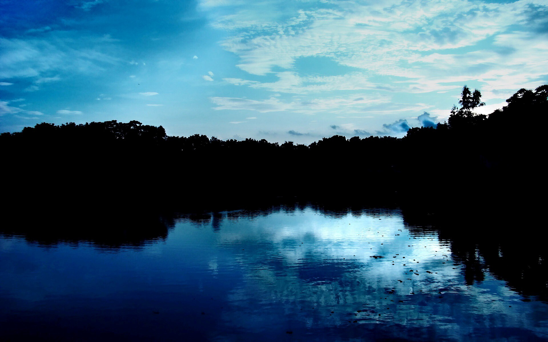 Beautiful Night Look Of Water And Sky Hd Wallpapers