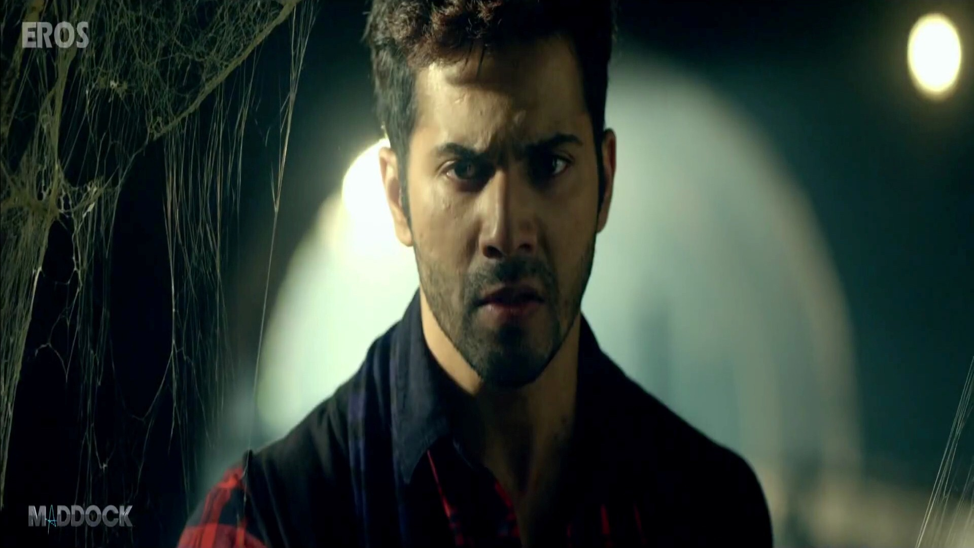 Famous Bollywood Actor Varun Dhawan In Badlapur Hindi Movie