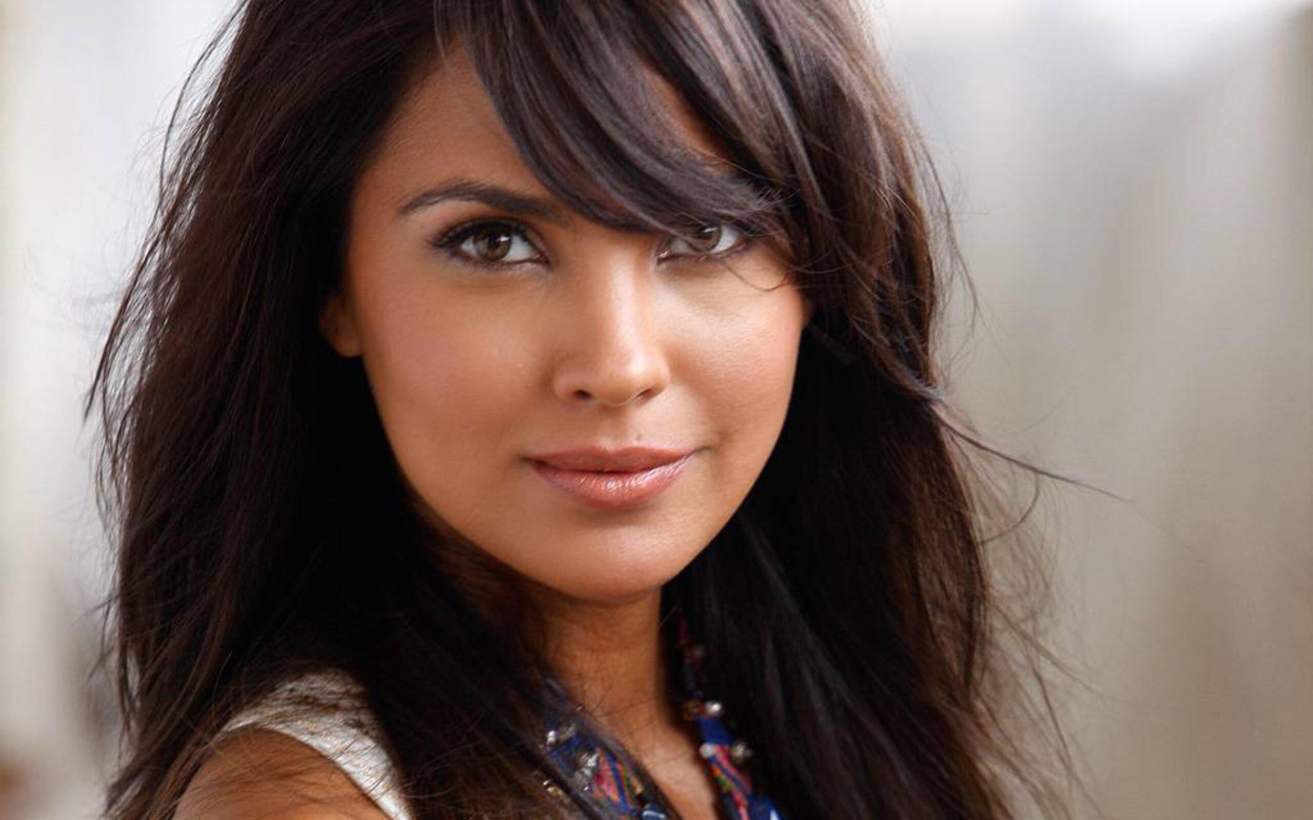 Beautiful Actress Lara Dutta Photos | HD Wallpapers