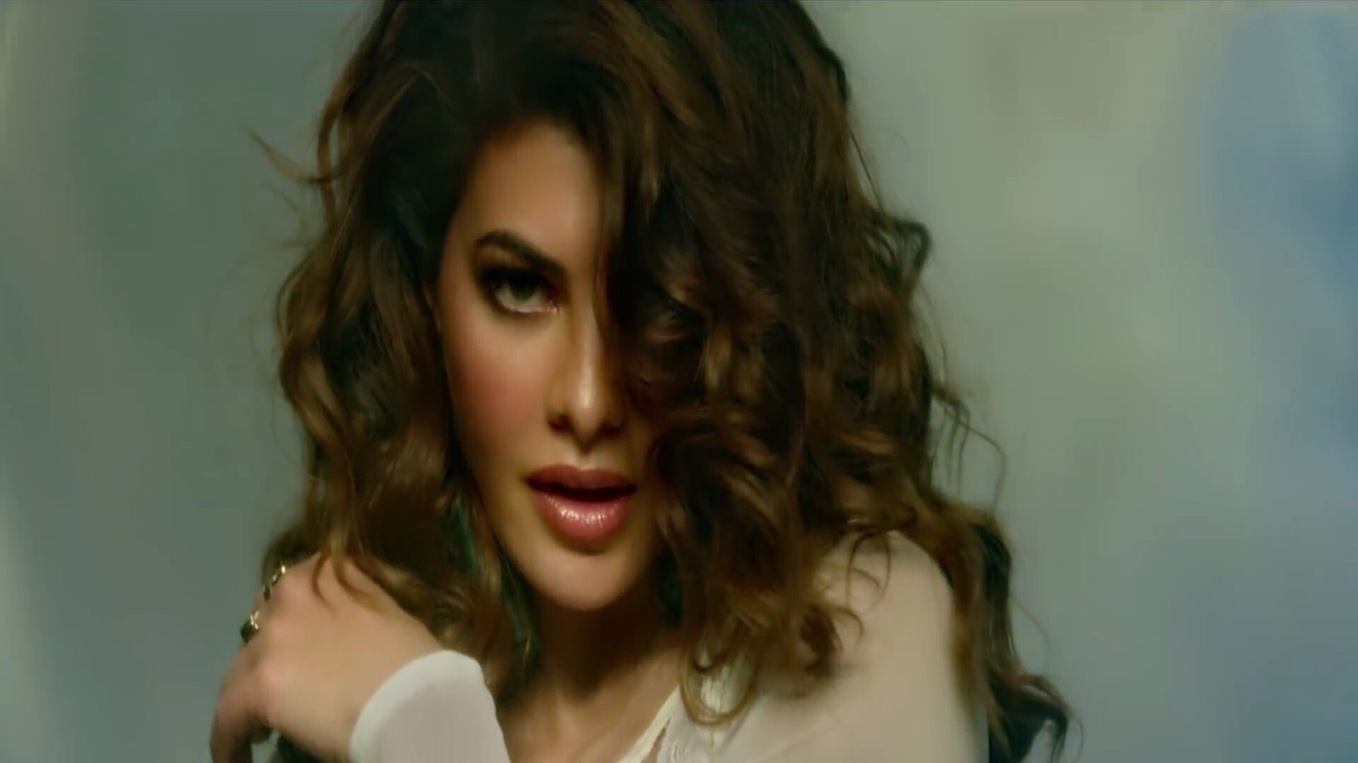 jacqueline fernandez in race 3 film hd wallpapers | hd wallpapers