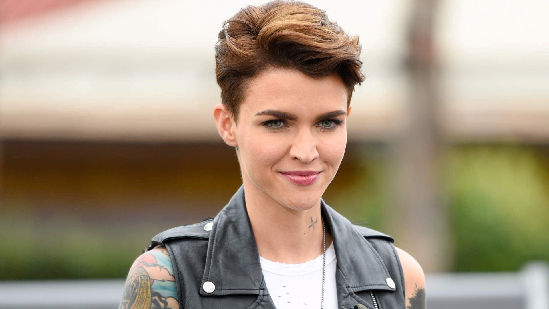 Hollywood Actress Ruby Rose In Short Hairstyle HD Photo