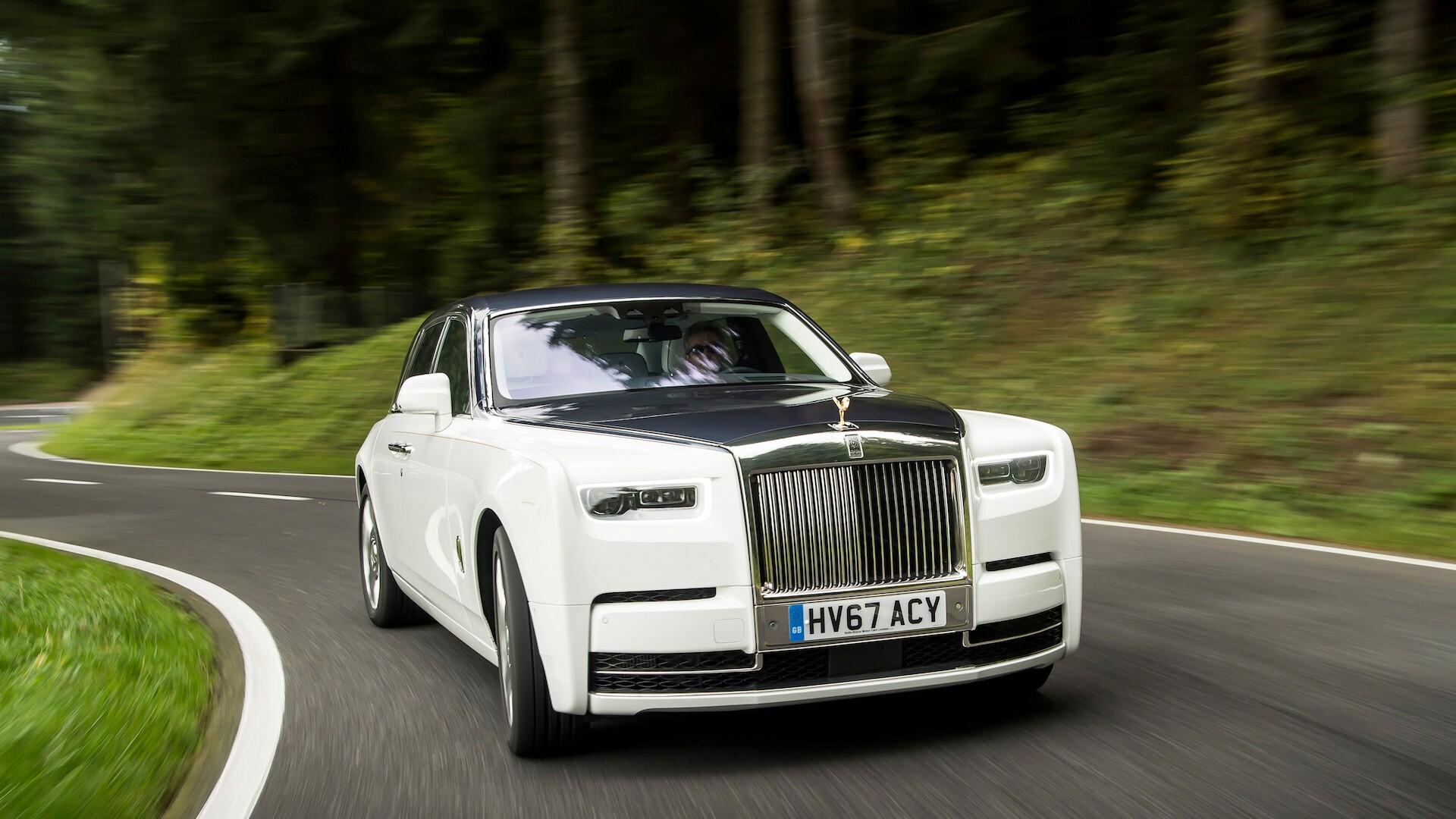 New 2018 Rolls Royce Phantom Car Hd Wallpapers