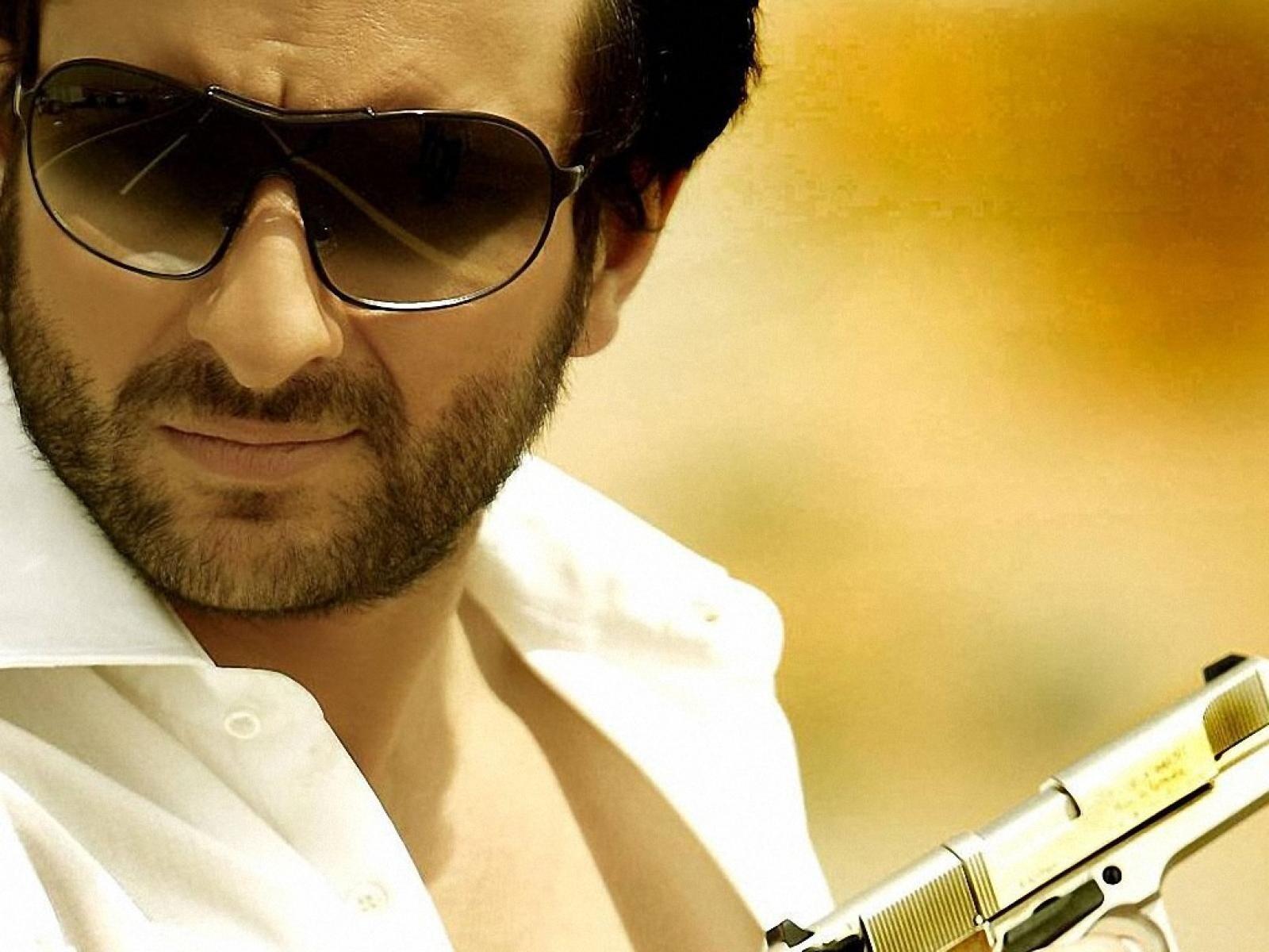Download new hd photo of emraan hashmi bollywood actor wallpaper.