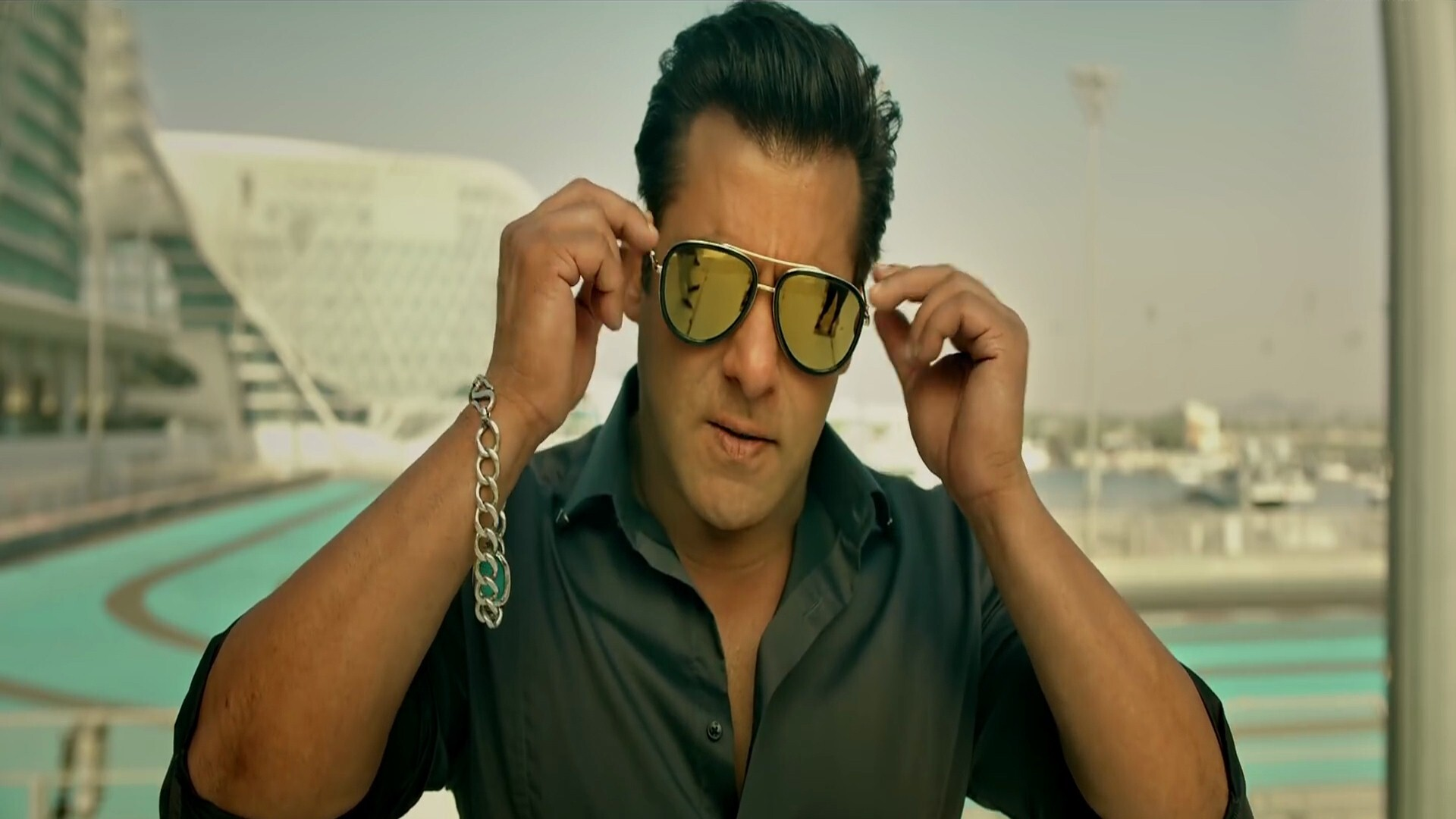 Salman Khan In Race 3 Movie Hd Wallpapers Hd Wallpapers
