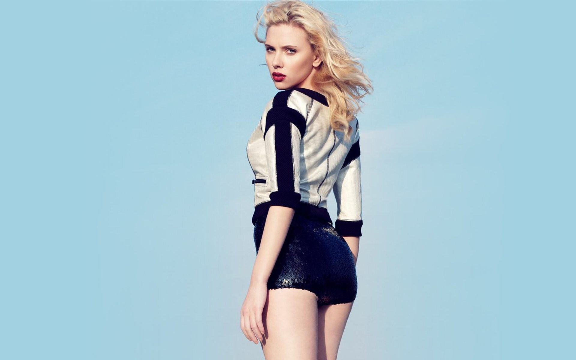 Hot Hollywood Actress Scarlett Johansson Nice Wallpapers Hd Wallpapers