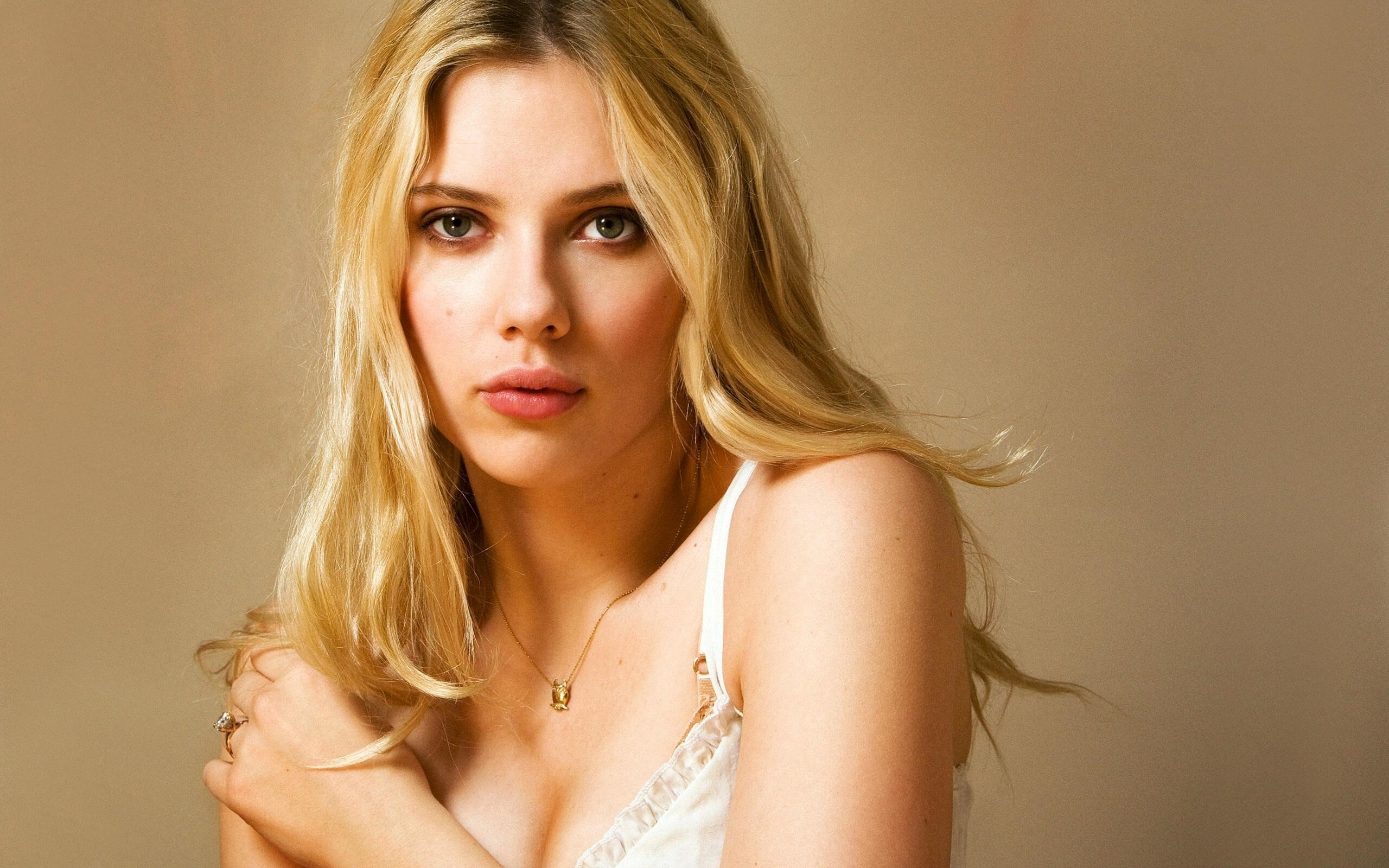 new wallpaper of hollywood celebrity scarlett johansson hd