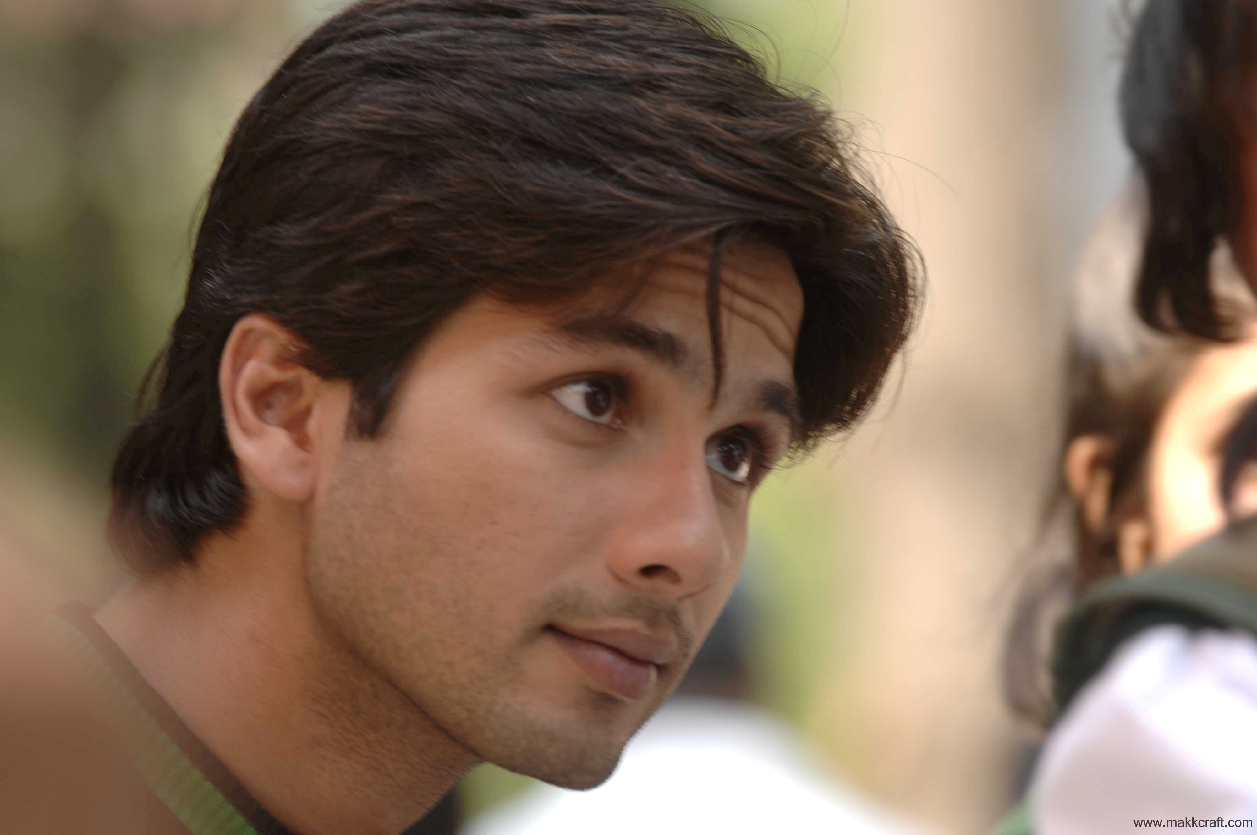 serious shahid kapoor pics | hd wallpapers