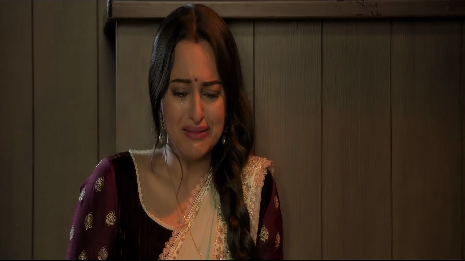 Sonakshi Sinha Crying In 2019 Movie Kalank