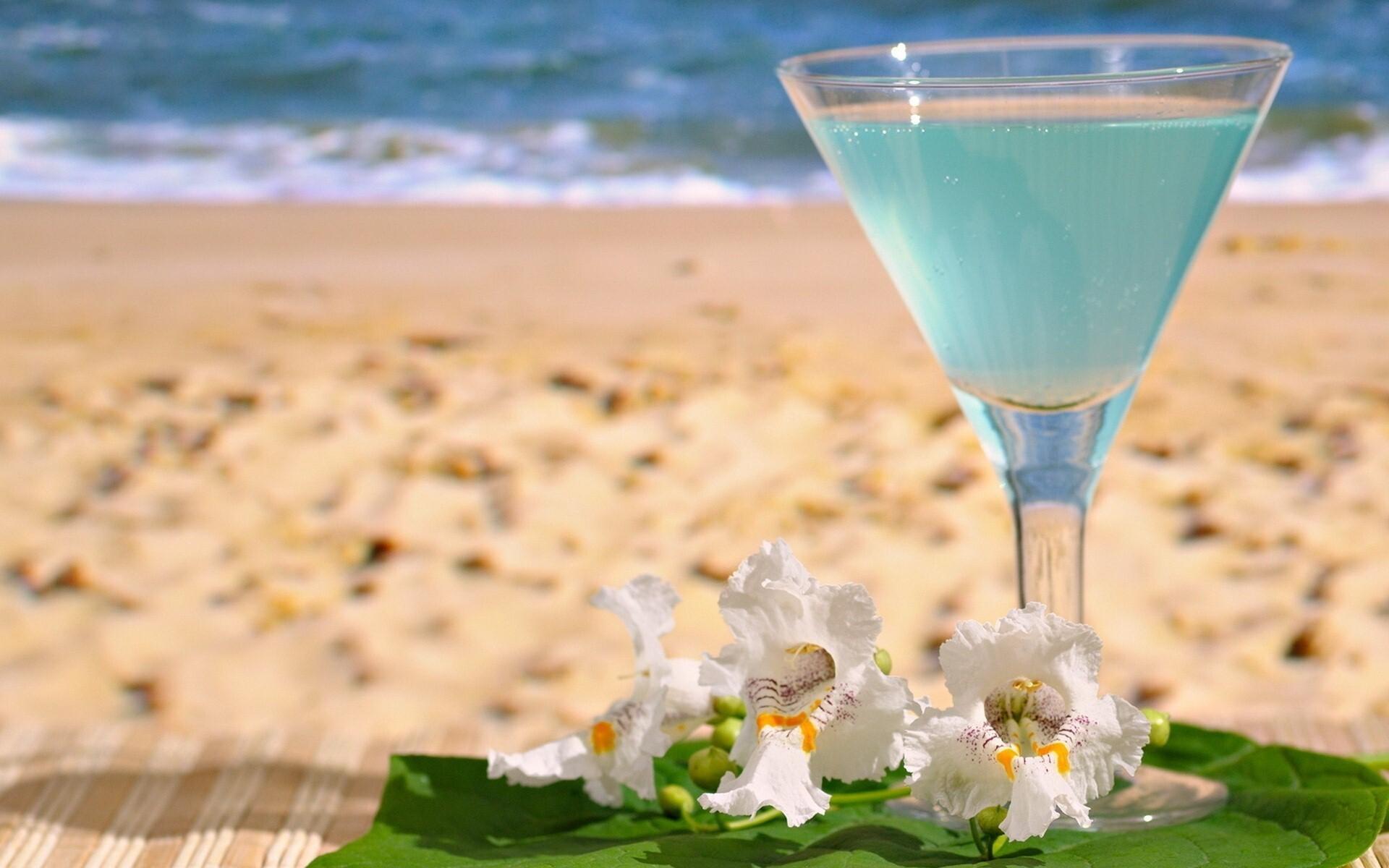 Summer Wallpapers Previous Wallpaper Drink On Beach