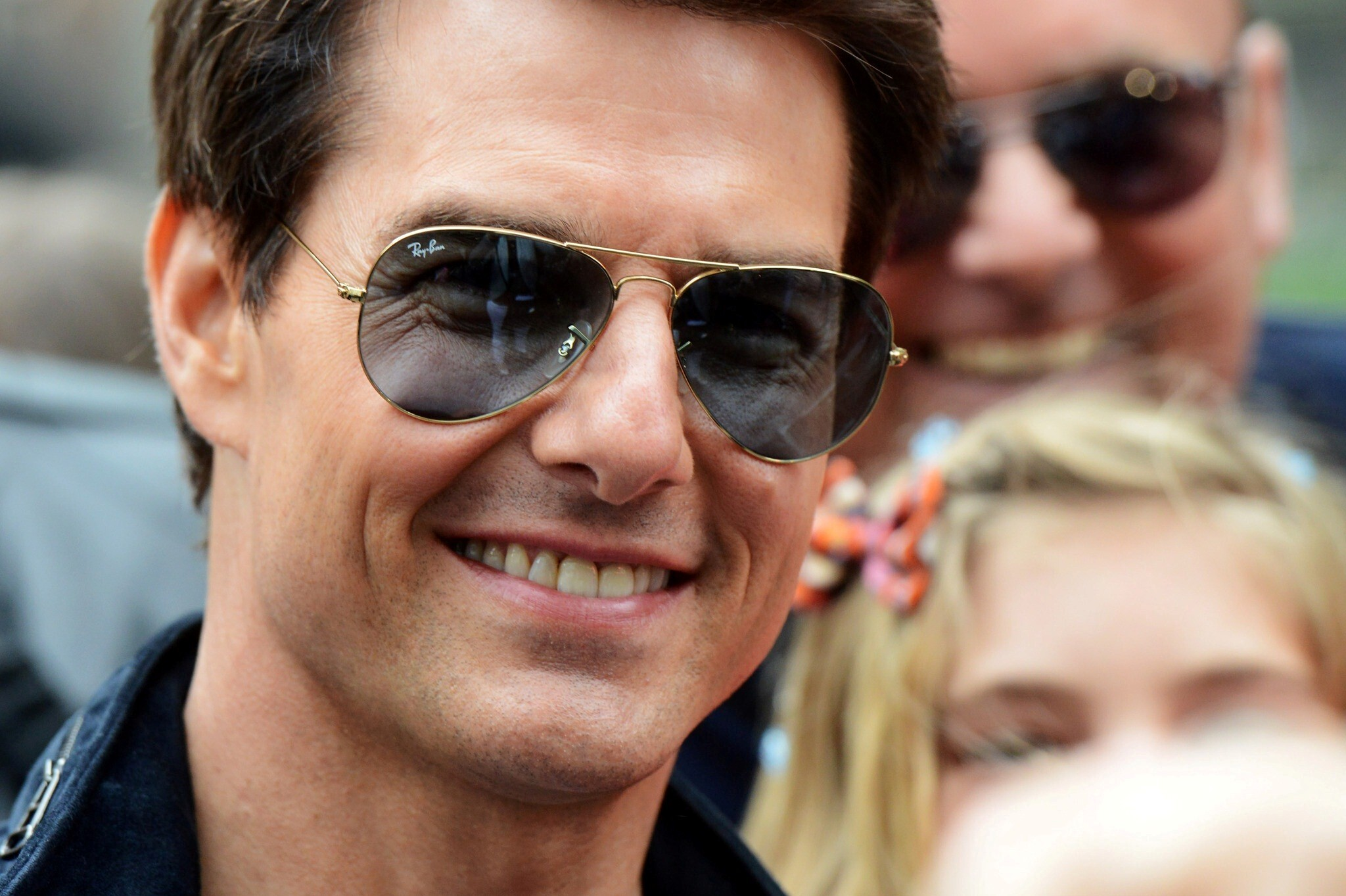 smiling face of tom cruise hollywood actor | hd wallpapers