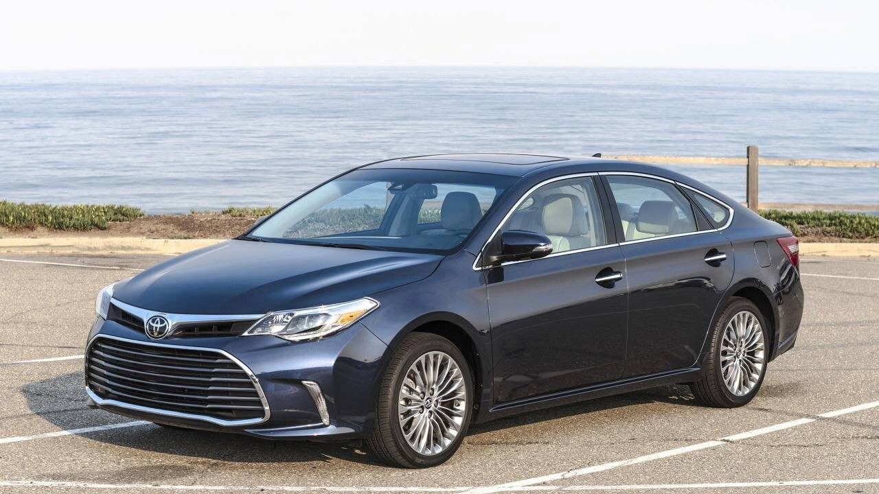 2018 toyota avalon black car hd wallpapers. Black Bedroom Furniture Sets. Home Design Ideas