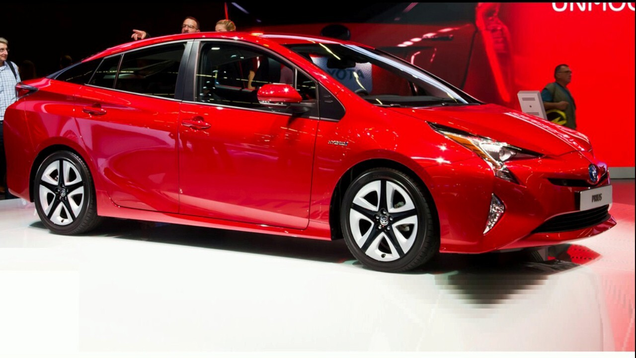 2018 Toyota Prius Red Car | HD Wallpapers