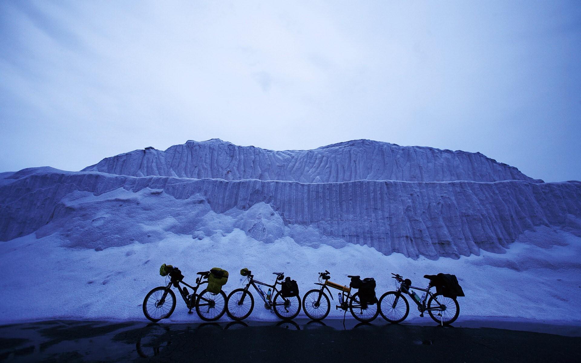 Cycle In Winter Season Photo