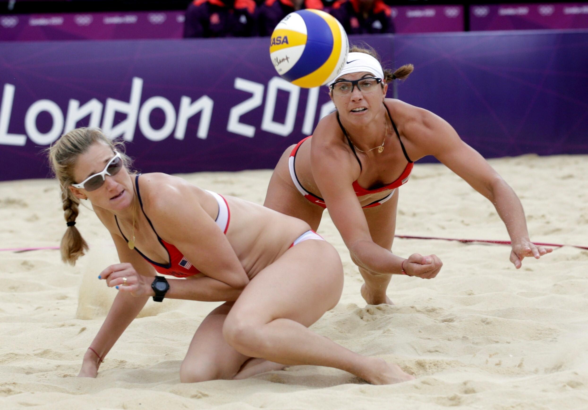 Sun porntube hot beach volleyball