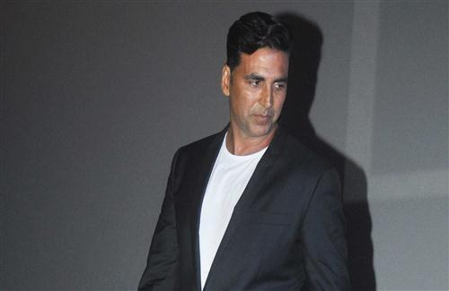 Bollywood Actor Akshay Kumar Wallpaper