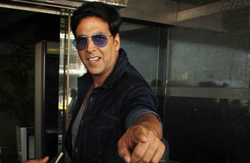 Popular Actor Akshay Kumar in Goggles with Smile HD Wallpaper