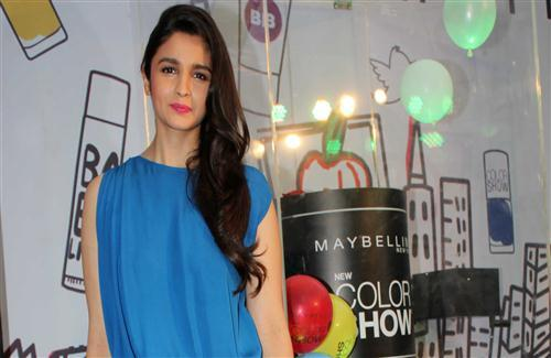 Alia Bhatt Looking Hot and Sexy in Pink Lips and Blue Top HD Wallpapers