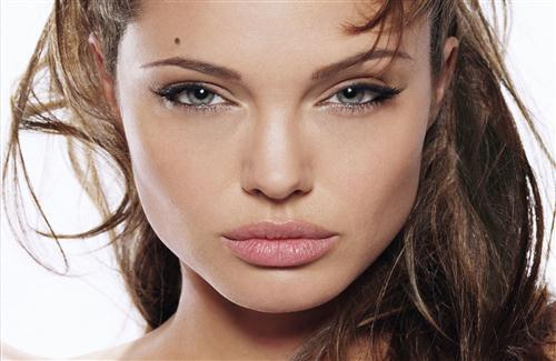 Beautiful Angelina Jolie Face Image