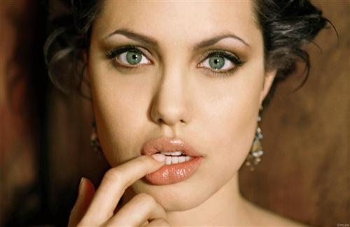 Cute Angelina Jolie Lips