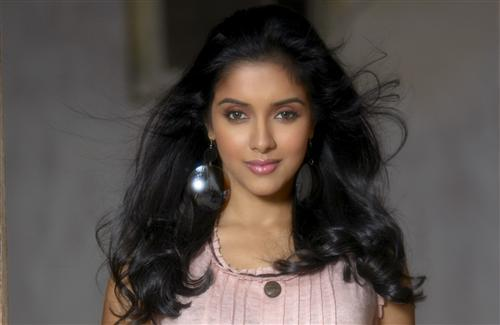 Beautiful Look of Asin Thottumkal