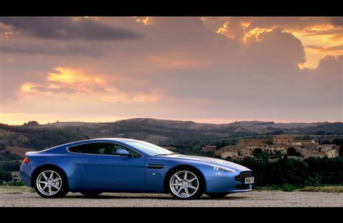 Blue Aston Martin V8 Vantage Coupe Car