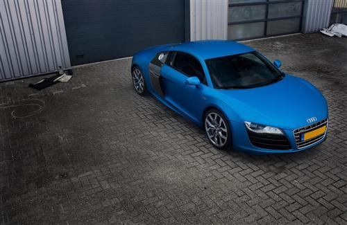 Blue Audi R8 Car Wallpaper
