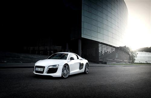 White Audi R8 Background Wallpaper