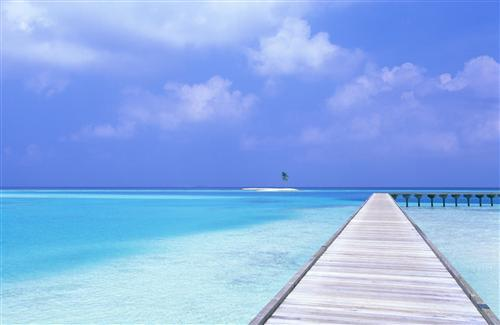 Blue Sea and Blue Sky Beach Wallpaper