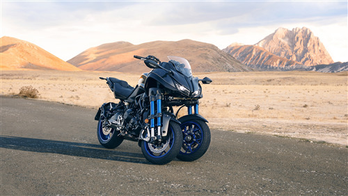 2019 Yamaha Niken Sport Touring 3 Wheeler with Superb Interior Bike