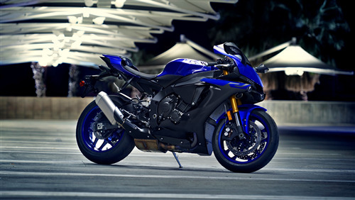 2020 Yamaha YZF R1 New Bike Wallpaper