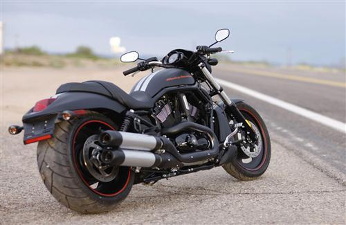 Nice Bike Harley Davidson Park Beside the Road HD Photo