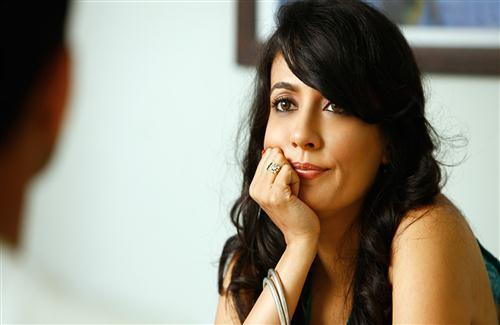 Cute Pose of Chitrangada Singh Bollywood Actress HD Wallpapers