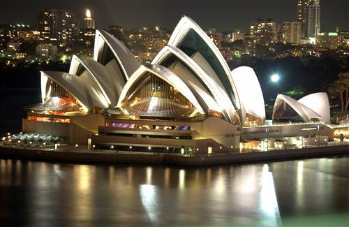 Beautiful Building Sydney Opera House in Australia Wallpaper