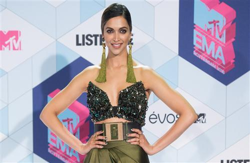 Actress Deepika Padukone HD Images