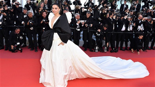Beautiful Dress of Deepika Padukone in Cannes 2019 HD Pics
