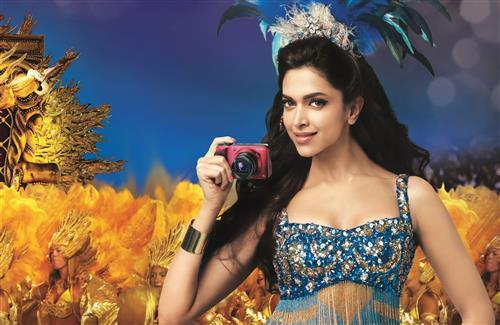 Beautiful Indian Actrees Deepika Padukone in Camera Ads HD Image