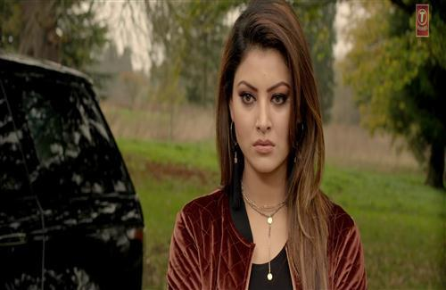 Beautiful Film Actress Urvashi Rautela in Hate Story 4