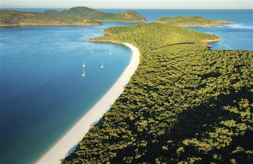 Whitsunday Islands Tourist Place in Queensland Australia Wallpapers