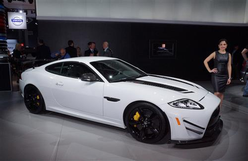 Beautiful Latest New 2013 White Jaguar XKR S GT Luxury 2 Seater Car Wallpapers