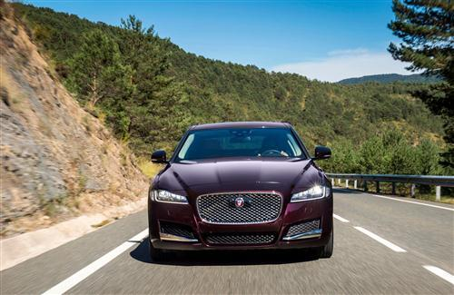 XF Jaguar Car HD Photo