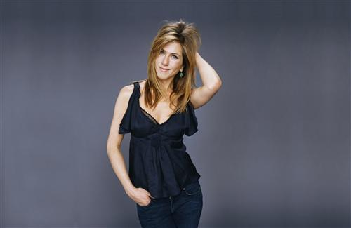 Hollywood Actres Jennifer Aniston in Black Top and Blue Jeans