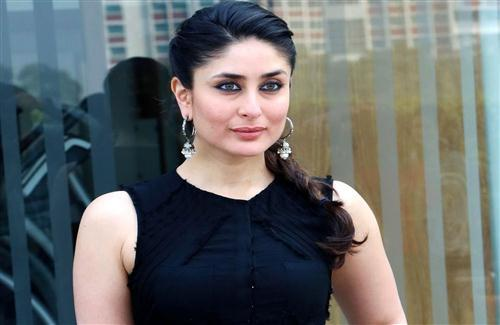 Beautiful Actress Kareena Kapoor